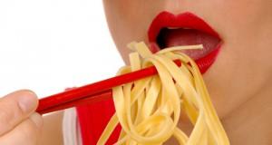 Mangiare lentamente ti fa assumere meno calorie