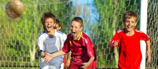 come invogliare i figli a fare sport