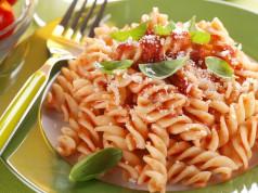 la pasta con sugo di verdure nascoste