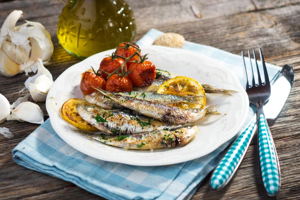 alimenti da mangiare in autunno: sardine