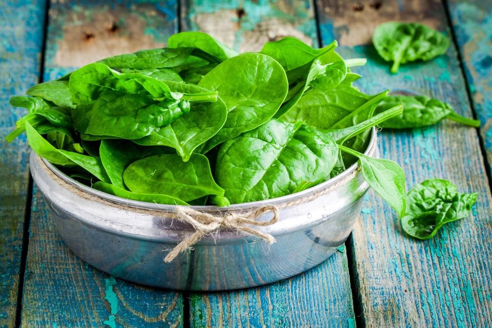 spinaci, fai il pieno di magnesio e acido folico