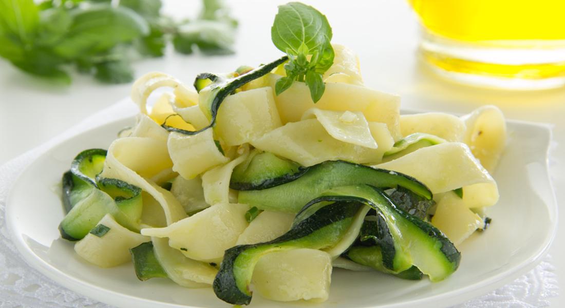ricetta tagliatelle con le zucchine