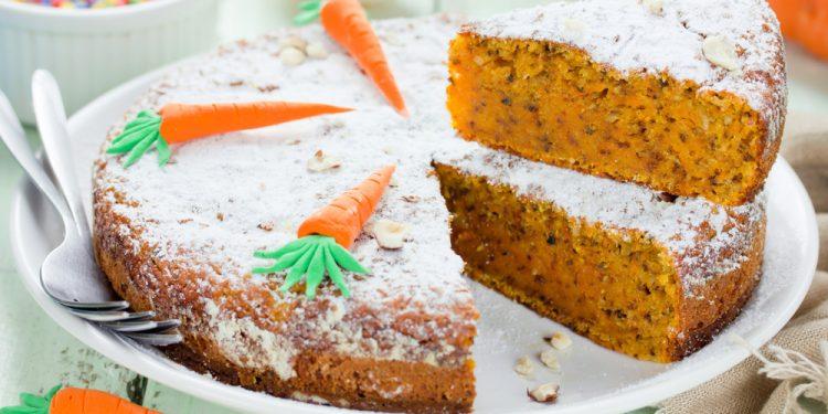 torta con farina di grano saraceno carote e mandorle