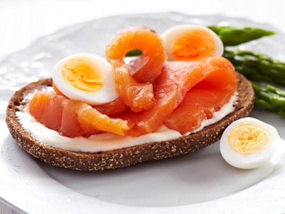uova-di-quaglia-cibi-meno-100-calorie