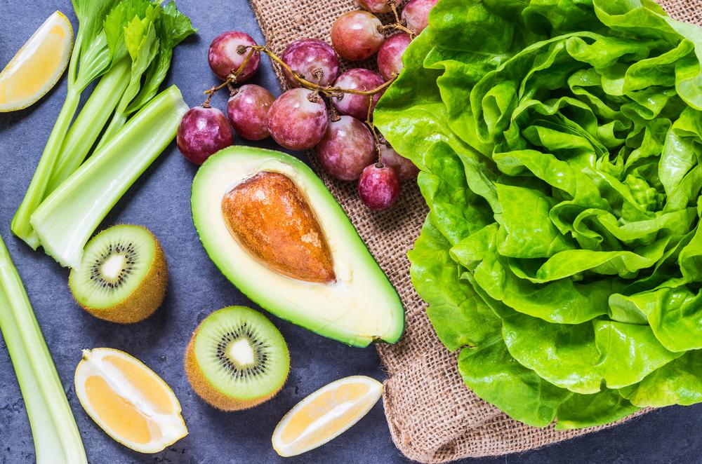 combattere colesterolo alto frutta e verdura
