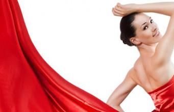 i consigli per vestirti di rosso