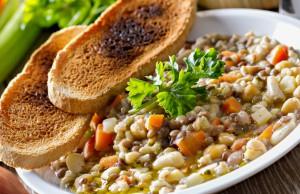 ricetta zuppa di cereali e fagioli