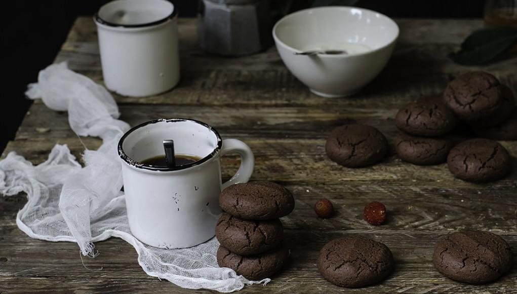 La ricetta dei biscotti golosi e leggeri al cacao