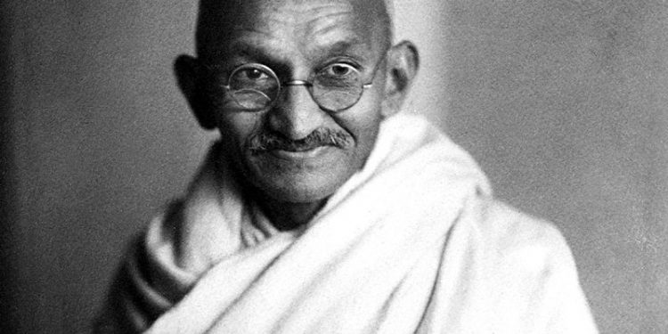 frasi Gandhi per ritrovare serenità dopo gli attentati