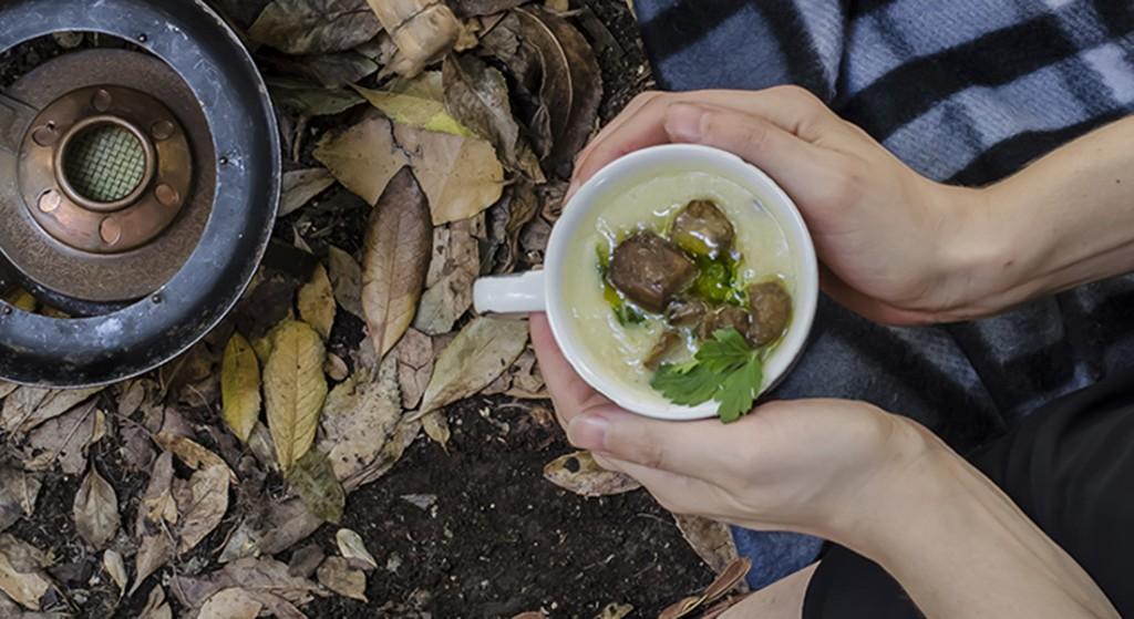 Zuppa di patate, porri e porcini