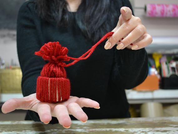 Esegui questo procedimento per ogni filo di lana eed3c37665b9