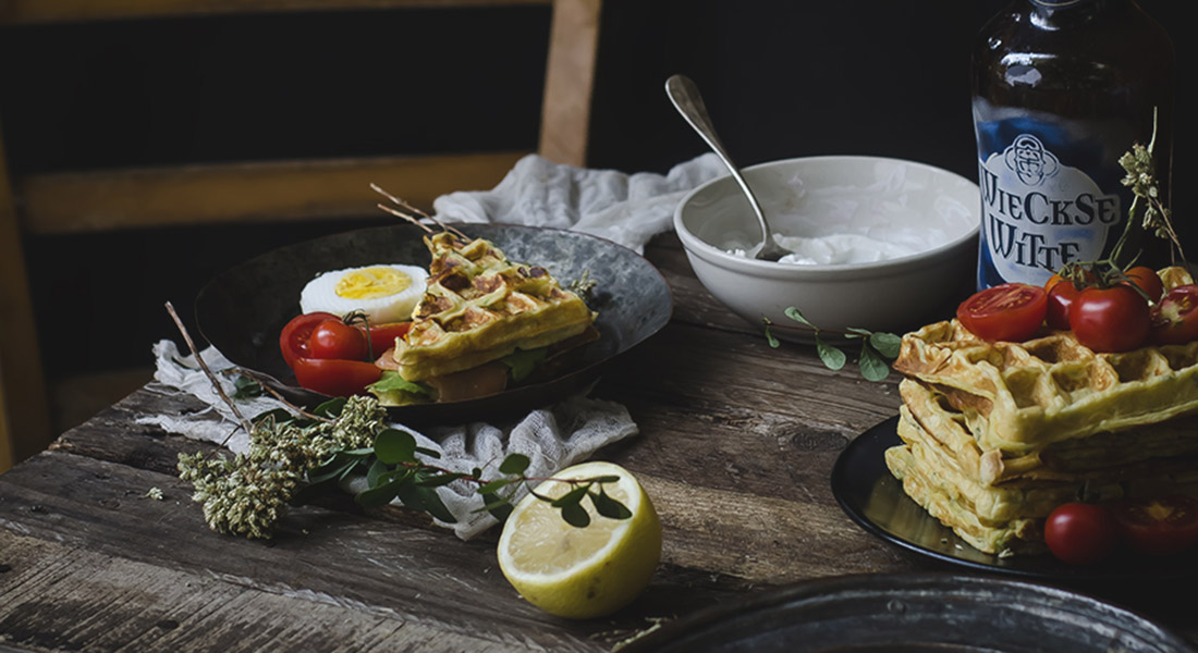 La ricetta dei waffle salati alle patate