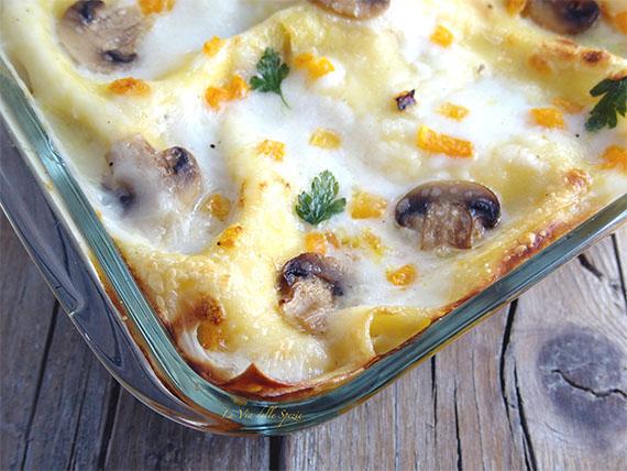 lasagne con zuppa e funghi