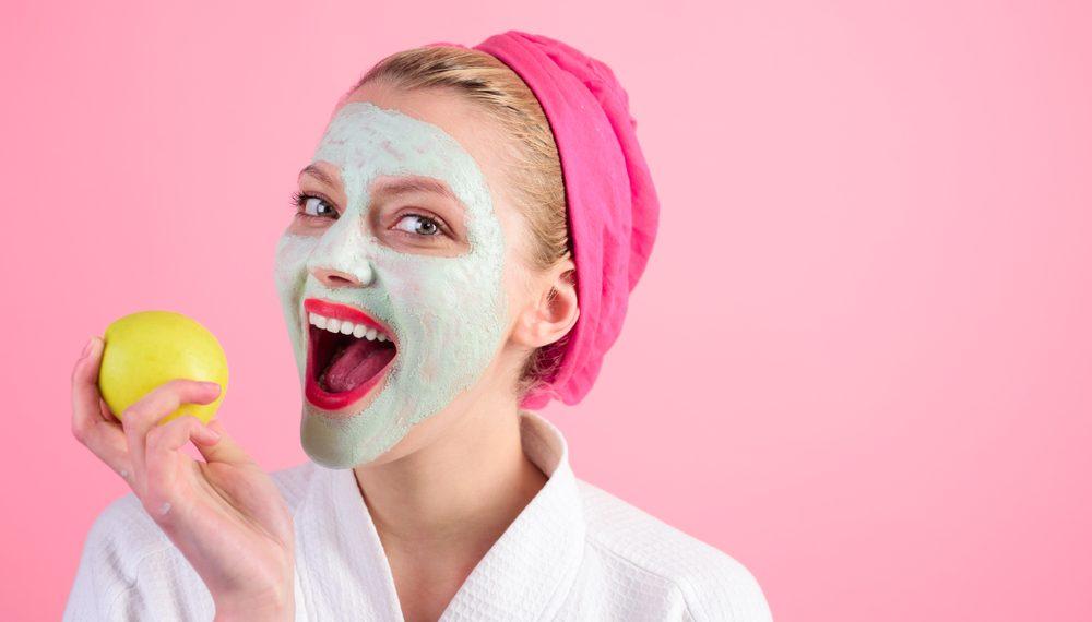 mela: maschera di bellezza e smoothie