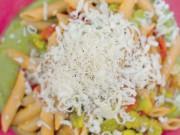Penne integrali alla crudigna con crema di broccoli piccante