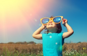 bambini e colpi di sole in estate, come evitarli