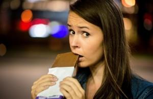 La voglia di cibi proibiti potrebbe essere collegata a una carenza alimentare