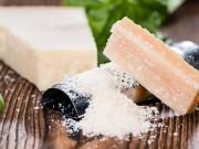 il parmigiano per combattere obesità e problemi cardiovascolari