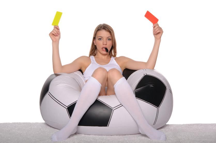Consigli sul calcio per donne imbranate