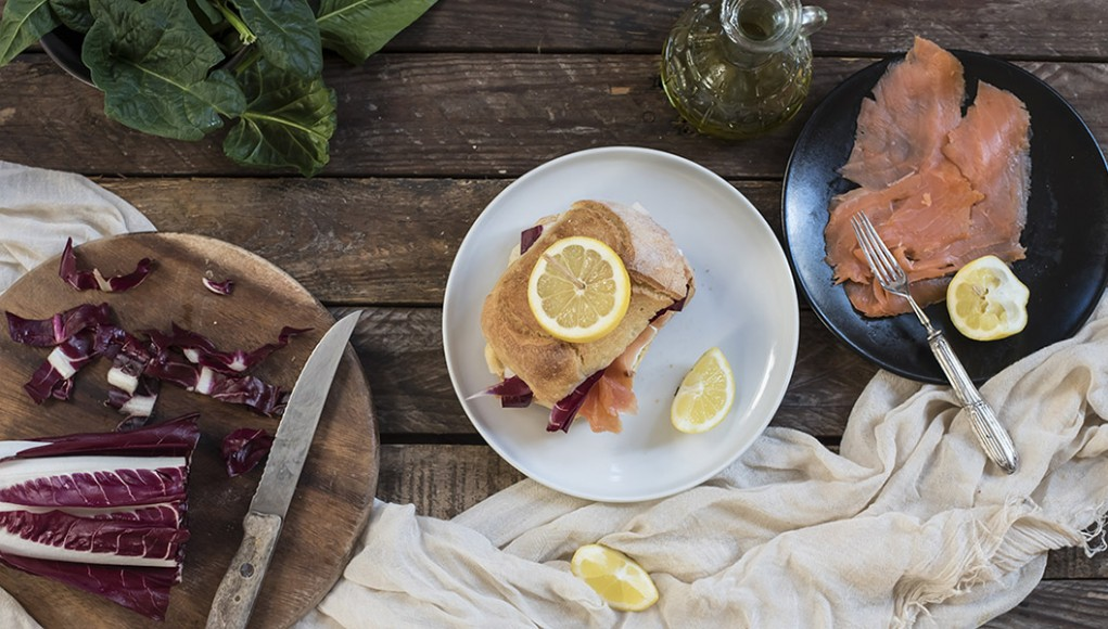 Ricetta panino radicchio rosso salone e robiola