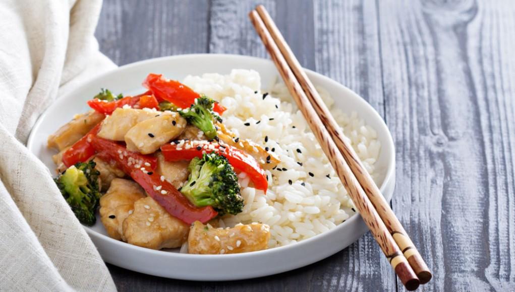 pollo al limone con la wok