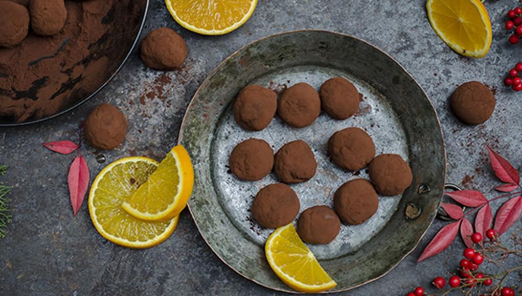 ricette biscotti di natale: ricetta tartufi light al cacao