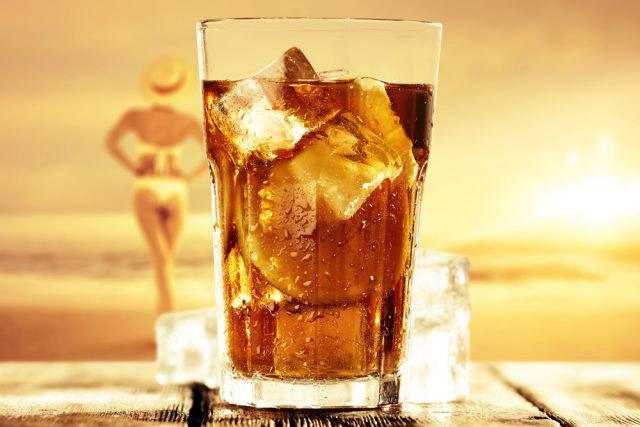 I benefici del tè in estate