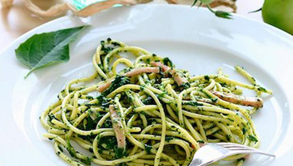 Ricetta spaghetti integrali e spinacini con alimenti ricchi di potassio