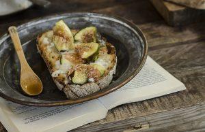 Ricetta della bruschetta con gorgonzola e fichi