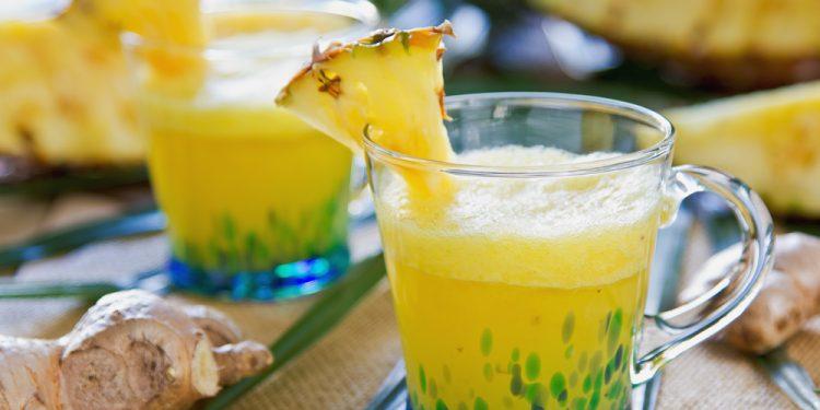 smoothie di ananas e zenzero