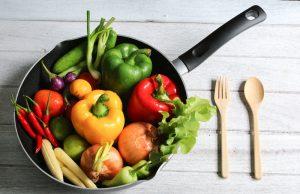 Verdure, sono più nutrienti crude o cotte?