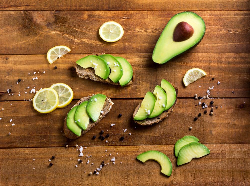 avocado contiene fibre