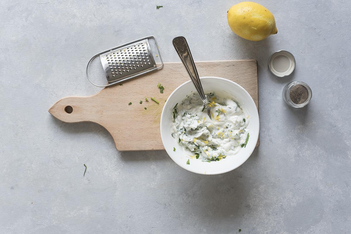 Mescola ingredienti piadina farcita