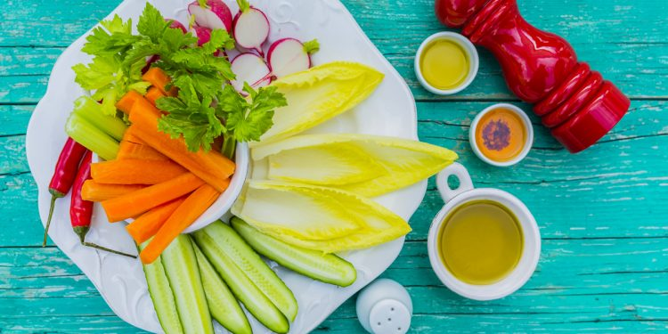 Come si prepara il pinzimonio di verdure