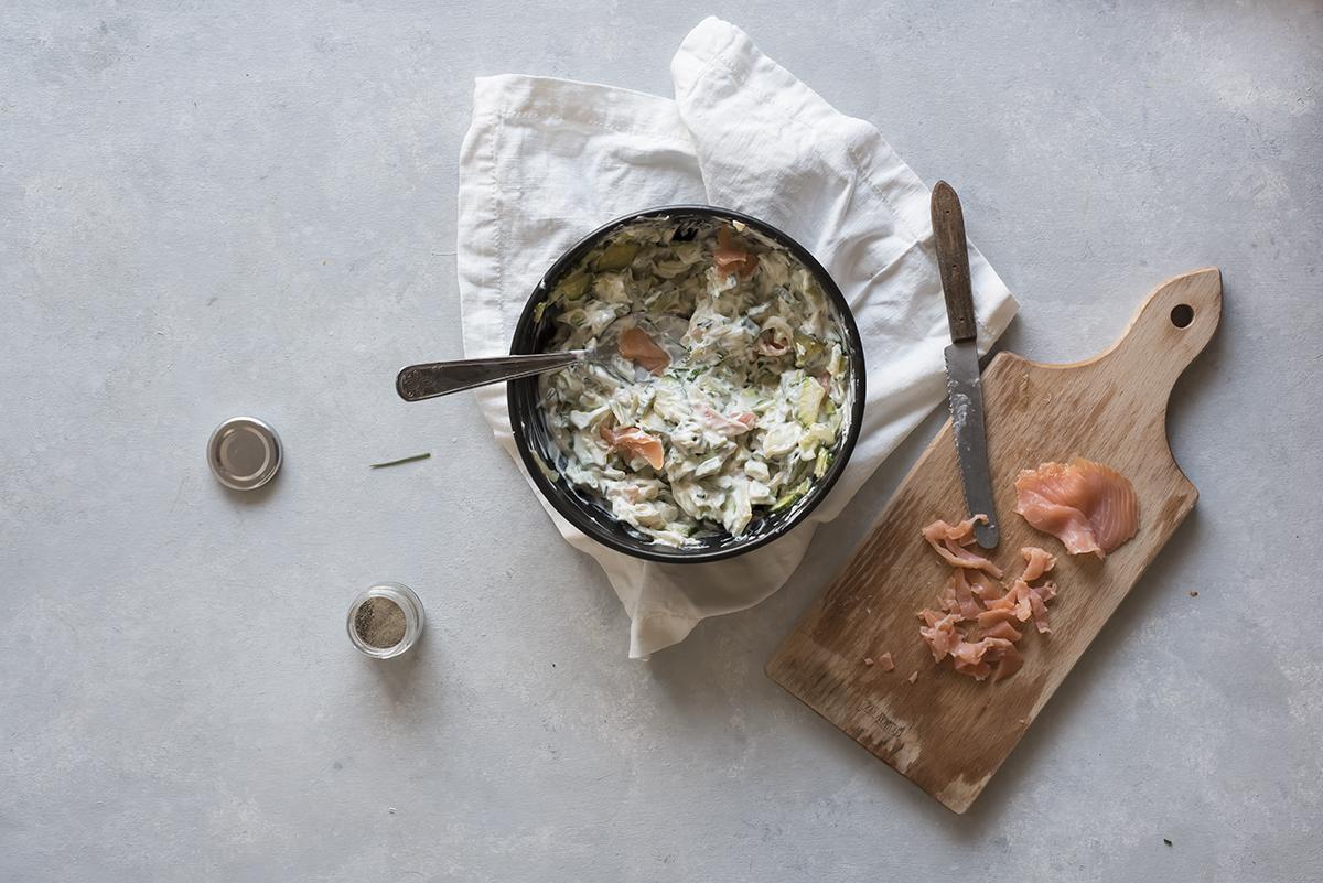Mescola zucchine e salmone