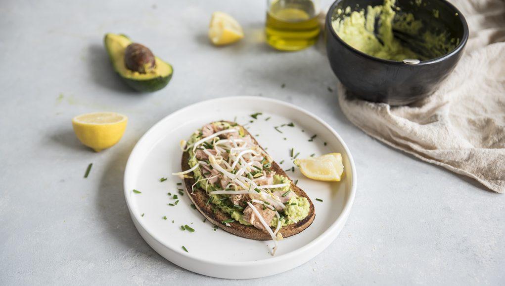 Ricetta del crostoni con crema di avocado