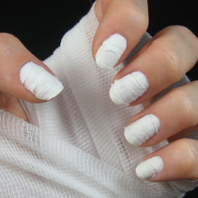 La nail art per Halloween più originale