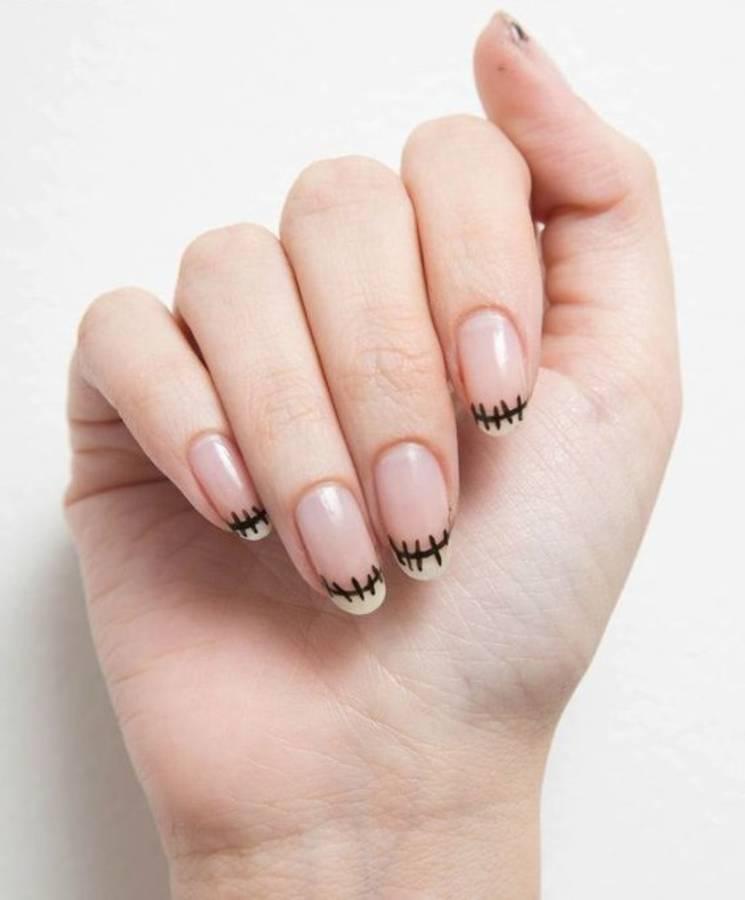 Look zombie per la nail art per Halloween