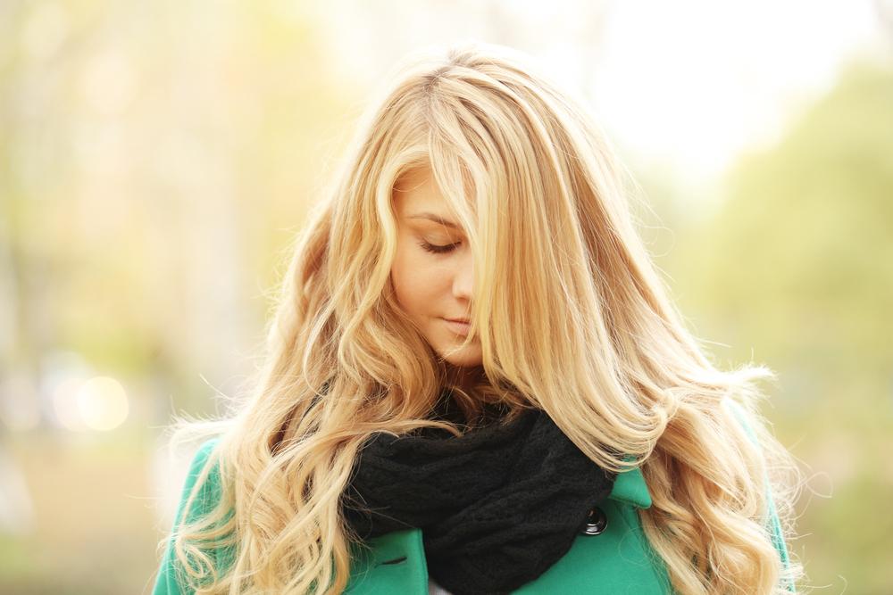 Caduta dei capelli  i consigli della dermatologa - Melarossa 2c08d5baa9aa