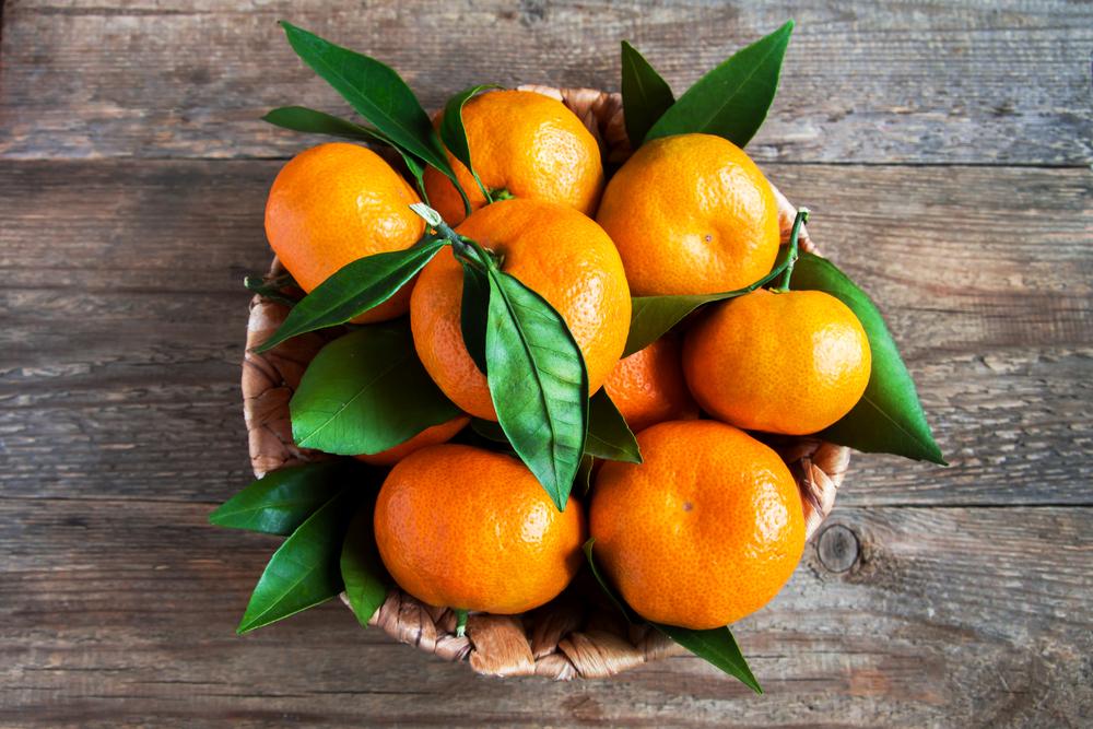 frutta di novembre, i mandarini