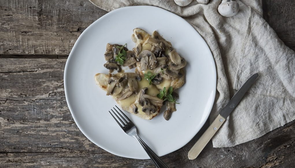 ricetta scaloppine ai funghi e formaggio