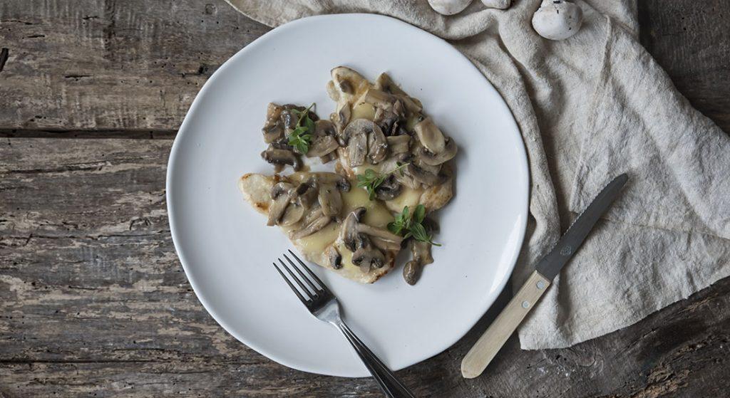 scaloppine ai funghi e formaggio