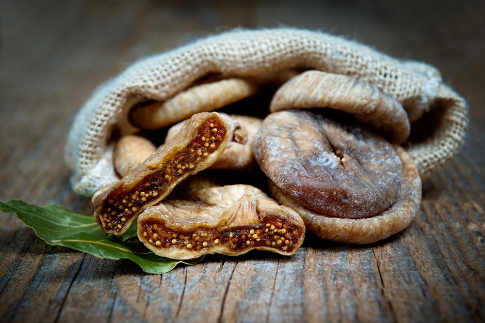 i fichi secchi alimenti ricchi di fibre