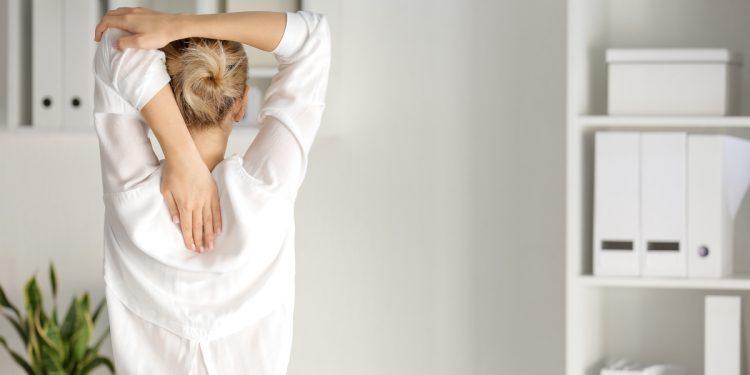 pilates: esercizi per allungare la schiena