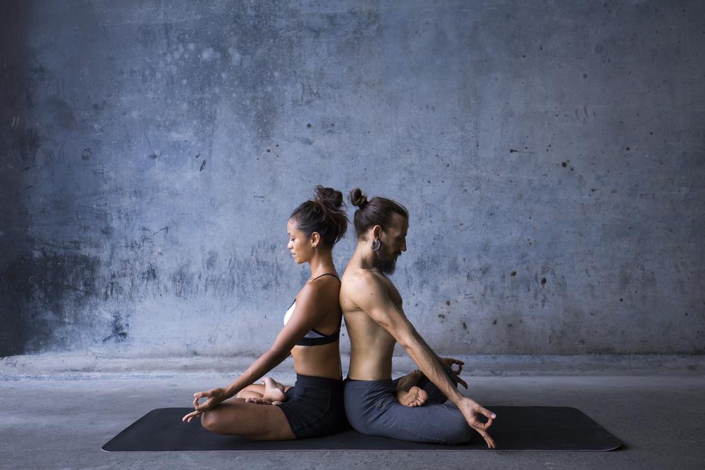 yoga e sesso: posizioni per migliorare la tua vita sessuale