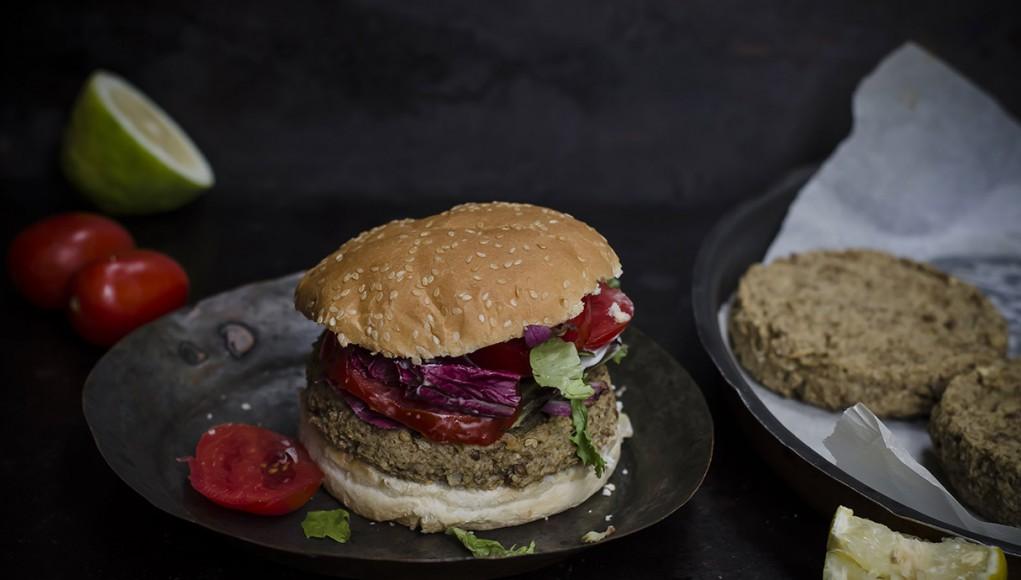 I legumi: ricetta burger di lenticchie