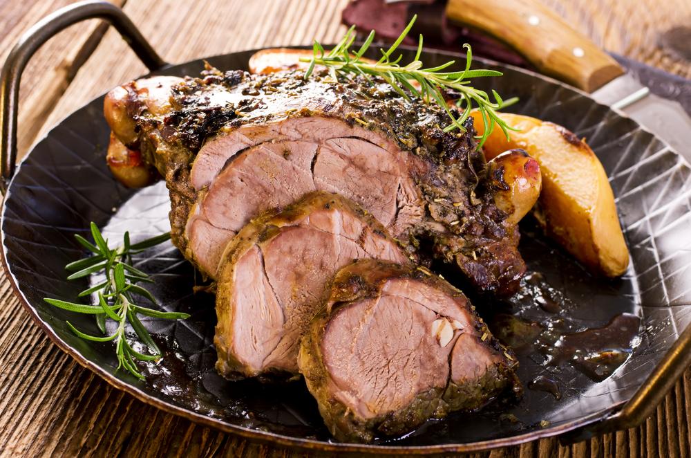 La carne d'agnello: la ricetta dell'agnello porchettato