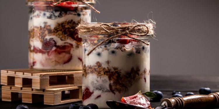 dolci allo yogurt light: ricette sane e gustose