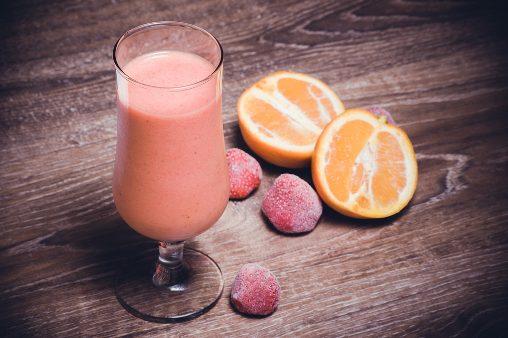 smoothie fragole e arancia: la ricetta