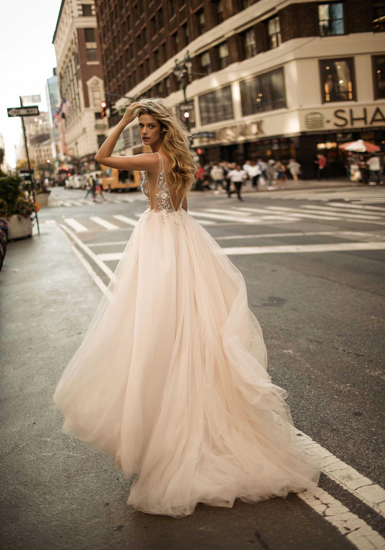 vestito da sposa 2017: pizzo e tulle
